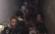 Phát hiện nhà tù đằng sau kệ sách đồn cảnh sát Philippines