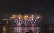 Bầu trời Đà Nẵng rực sáng trong đêm pháo hoa