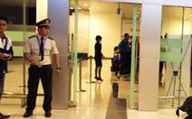 Phát hiện roi điện trong hành lý khách đi máy bay