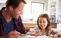 Hai xu hướng trái ngược về tự dạy con tại nhà