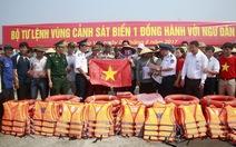 Cảnh sát biển vùng 1 đồng hành với ngư dân