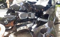 BMW đâm gốc cây, chủ tịch huyện Côn Đảo tử vong