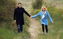 Tình yêu vợ chồng tổng thống Pháp đẹp quá bạn ơi!