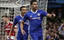 """""""Tiễn"""" Middlesbrough xuống hạng, Chelsea chạm tay vào cúp vô địch"""