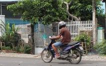 Nhầm tiếng Việt ra tiếng Anh, bé gái bị đánh, lột trần đẩy ra đường
