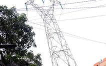 'Bó tay' với xây nhà không phép dưới lưới điện cao thế?