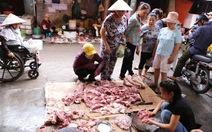 Hai hình ảnh nơi bán thịt heo