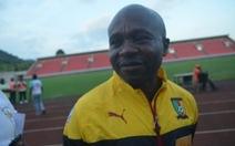 Điểm tin sáng 12-5: HLV đội Cameroon ngất xỉu ngay trong trận đấu
