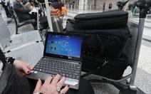 EU họp khẩn với Mỹ về lệnh cấm thiết bị điện tử