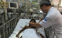Cứu sống bé trai Campuchia bị hủy cơ, suy thận