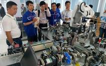 Lớp nâng cao năng lực sử dụng hệ thống robot và tự động hóa