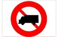 TP.HCM muốn có biển báo giao thông ngoài chuẩn