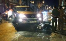 Xe 7 chỗ tông nhiều xe máy náo loạn Biên Hòa