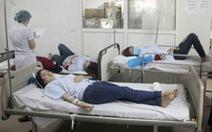Hơn 60 công nhân may nhập viện sau bữa trưa