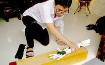Mong 'cánh tay robot' đến với người khuyết tật