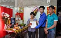 Em Trần Đức Đông được truy tặnghuy hiệu Tuổi trẻ dũng cảm