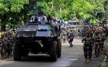 Quân đội Philippines tấn công quân khủng bố, cứu 120 con tin