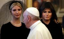 Vì sao bà Melania mặc đồ đen ở Vatican?