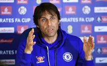 """HLV Conte: """"Tôi sẽ hút thuốc nếu Chelsea vô địch"""""""