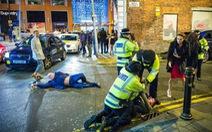 Manchester: Ngôn ngữ học và khủng bố