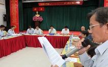 Phó chủ tịch Huỳnh Cách Mạng 'gỡ' cho người dân khiếu nại đất đai