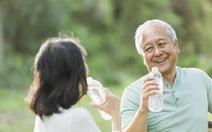 6 bệnh thường gặp trong mùa hè ở người cao tuổi