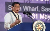 Chỉ trích qua lại giữa ông Duterte và con gái Bill Clinton