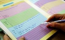 Phê vào học bạ: hạ bút, đừng hạ đao!
