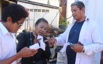 Người dân Campuchia đi bỏ phiếu trong yên ả
