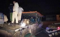 Cảnh sát liên tiếp nổ súng trấn áp cát tặc trên sông Đồng Nai