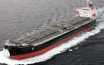 Tàu chở gần 30.000 tấn hóa chất bị nghiêng ở biển Bình Thuận