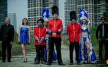 Mốt mới ở Trung Quốc: Thuê ông Tây bà đầm để nâng đẳng cấp