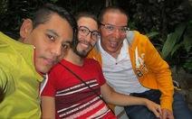 Chuyện lạ: 3 người đàn ông... cưới nhau