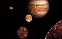 Phát hiện 2mặt trăng mới quay quanh sao Mộc