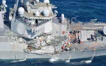 Tàu khu trục Mỹ bị đâm thủng, tràn nước, 7 thủy thủ mất tích