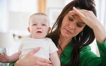 Làm sao để tránh bị trầm cảm sau sinh?