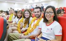 Đại học quốc tế song ngữ - xu hướng chọn trường thời hội nhập
