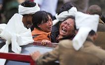 Tìm vô vọng 93 nạn nhân mất tích vụ sạt lở đất