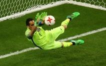 Bravo tỏa sáng đưa Chile vào chung kết Confederations Cup 2017