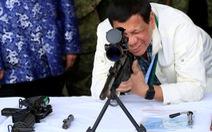 Bắc Kinh khoe bắt tay xong với Philippines về Biển Đông