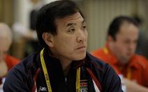 HLV Irisawa chưa nhận đồng lương nào sau 3 tháng làm việc