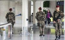 Một cá nhân không kiểm tra an ninh, sân bay Pháp di tản