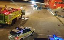 Máy bay AirAsia đụng chim trời, phải quay về nơi xuất phát