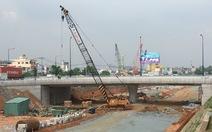Sắp thông xe hai cầu nút giao thông đại học Quốc gia TP.HCM