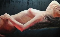 Xem tranh nude 'tưng bừng' trong triển lãm Phượng