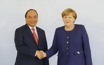 Thủ tướng Nguyễn Xuân Phúc hội đàm với Thủ tướng Angela Merkel