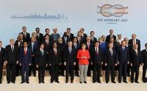 Tổng thống Trump 'lép vế' trong ảnh chụp chung tại G20