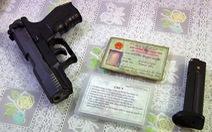Bảo vệ ngân hàng mang súng đi giải quyết mâu thuẫn