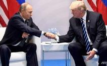Tổng thống Trump bảo vệ con trai