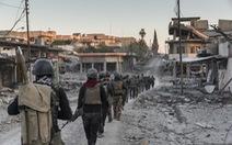 Tường thuật chiến trường của nhà báo sống sót
